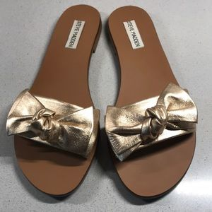LIKE NEW Steve Madden Knotss Bow Sandals
